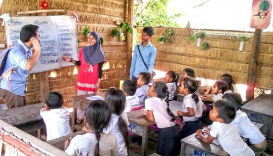 Freiwillige als Assistenzlehrer für Straßenkinder Bildungprojekt in Nordindien